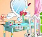 Makeup Table Decor